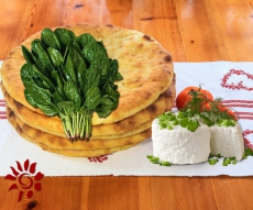 Пирог с шпинатом и сыром
